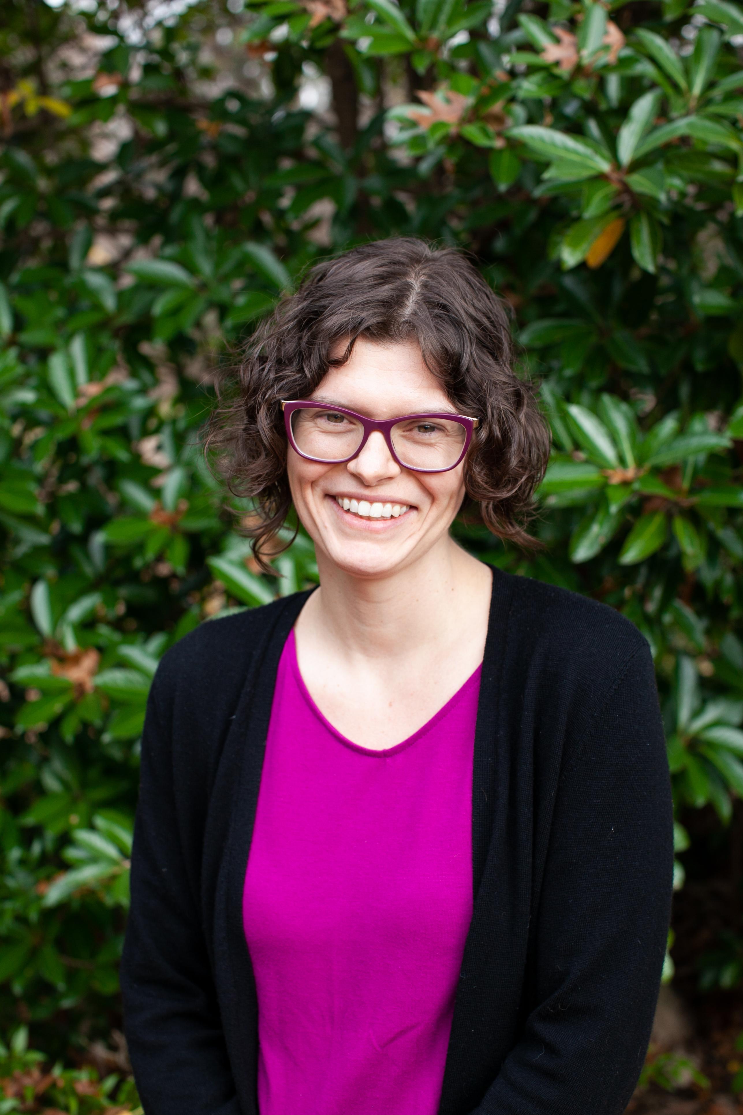 A headshot of Cheryl Thompson.